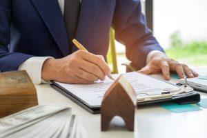Les lois qui régissent les prêts immobiliers